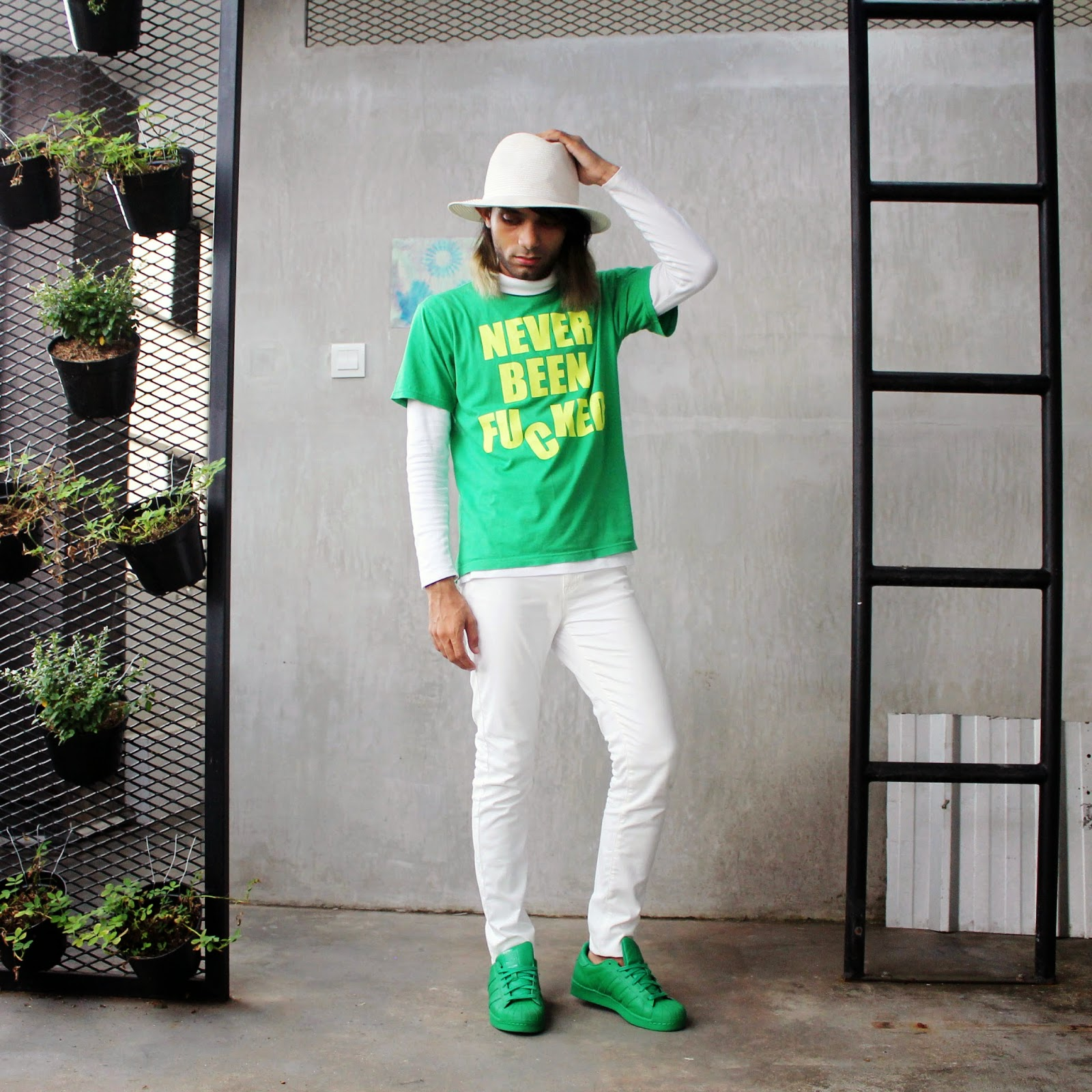 Mr Rebel in Town - King Fahad Scale - Adidas Superstar Supercolor Green - Men Personal Style Blogger Indonesia (33)