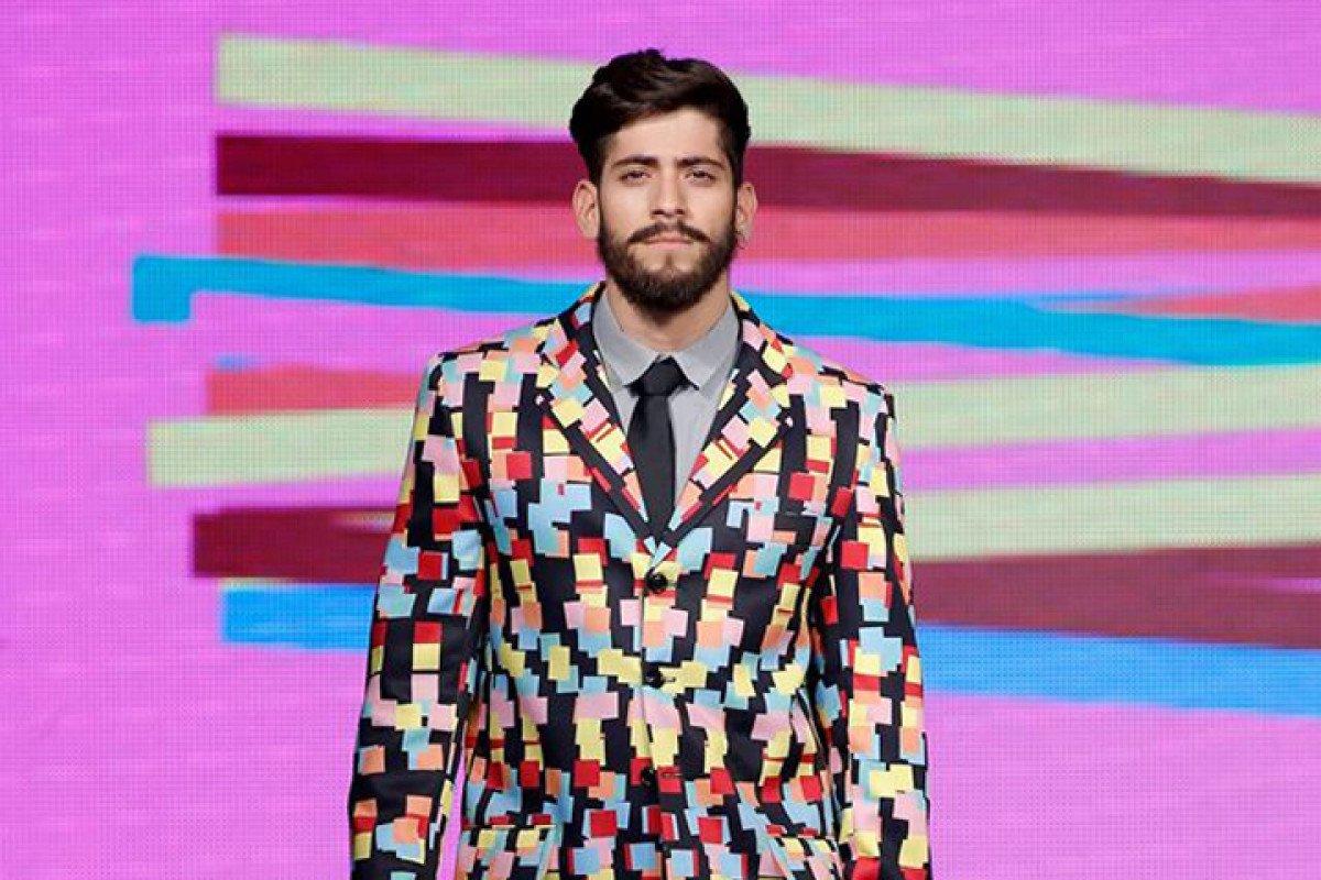 Daniel Larsan colore a metrópole cinzenta em seu primeiro desfile no Capital Fashion Week