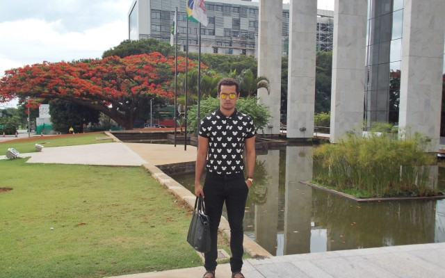 Look da Semana | Total Black nos Flamboyants de Brasília