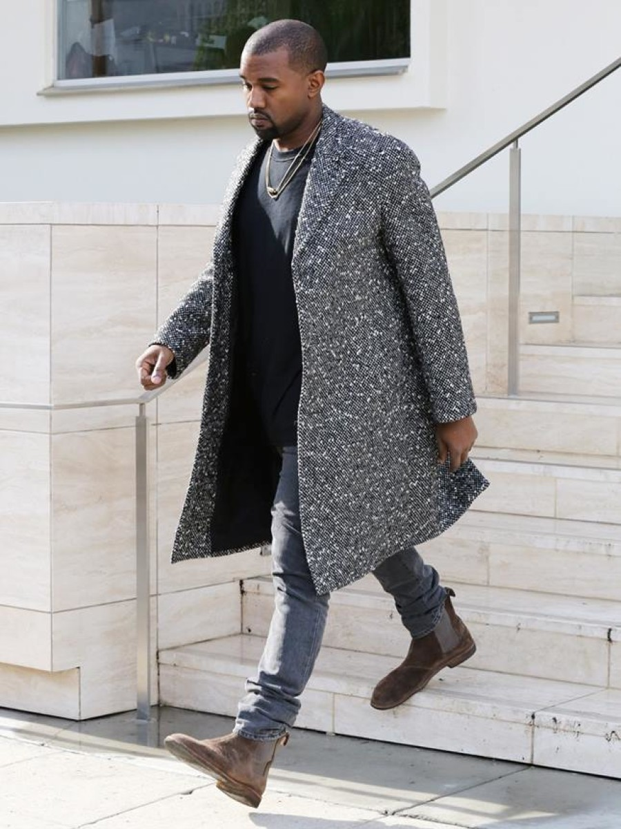 Kanye-Wests-LA-Saint-Laurent-Black-and-White-Wool-Blend-Raglan-Sleeve-Coat-and-Bottega-Veneta-Chelsea-Boots-900x1200