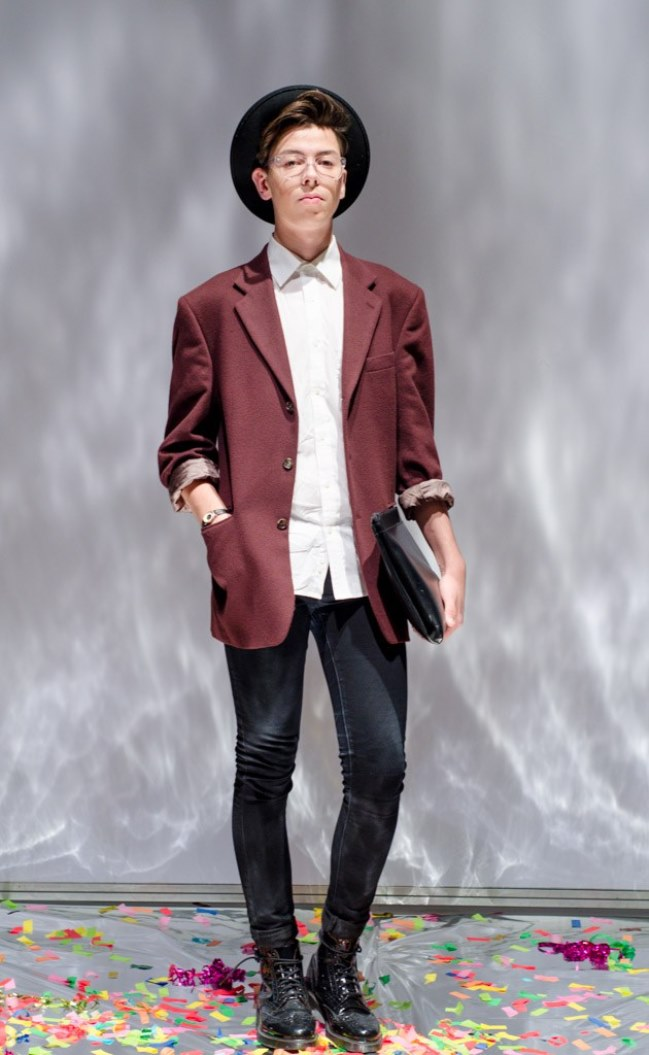 maroon-vintage-blazer-fashion-week