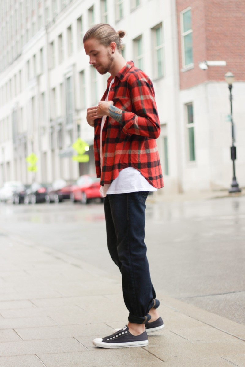 the-kentucky-gent-mens-fashion-and-life-style-blogger-unif-flannel-shirt-topman-muscle-shirt-true-religion-billy-jeans-converse-chuck-taylors-east-dane-2