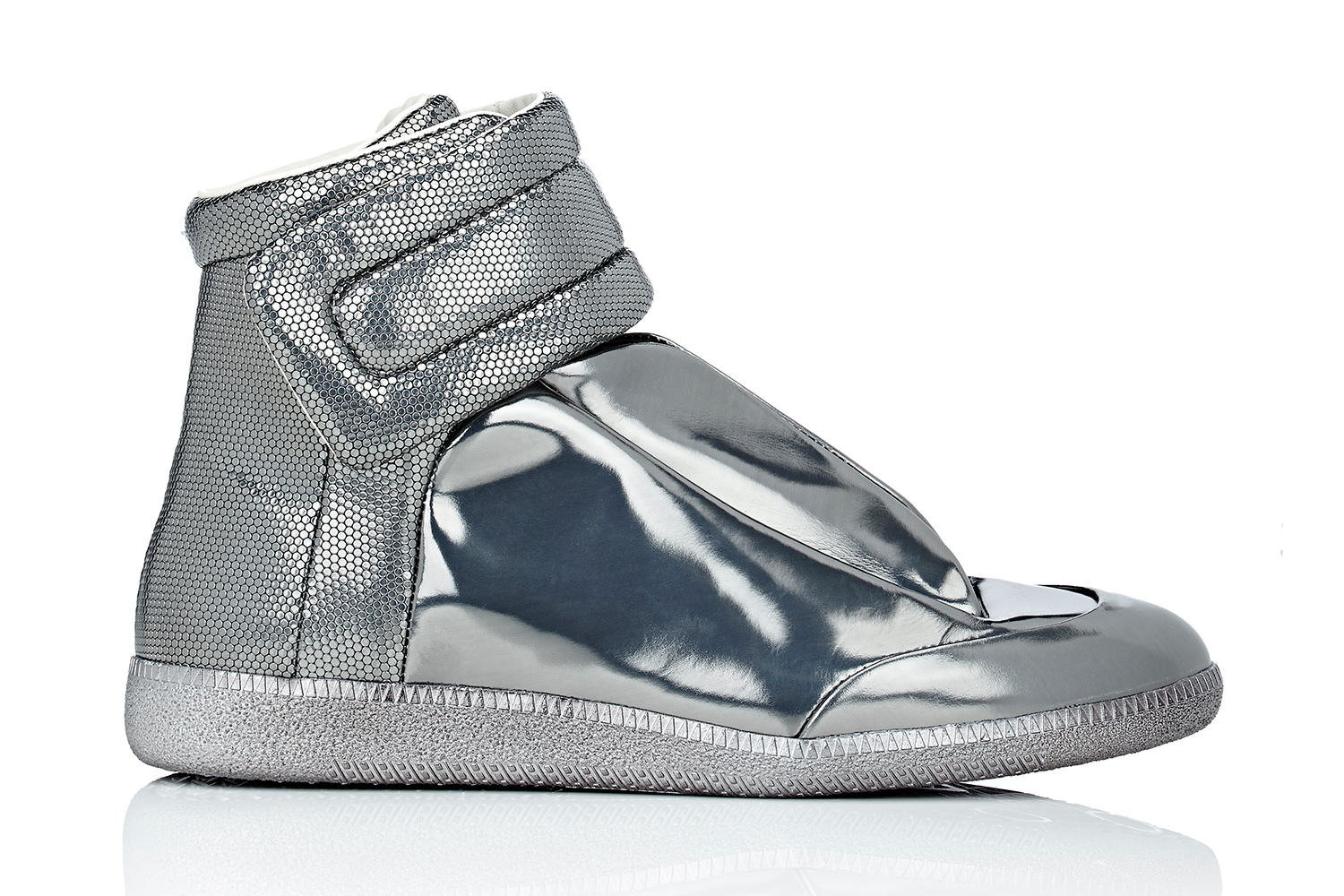 maison-margiela-barneys-metallic-future-high-top-sneakers-01