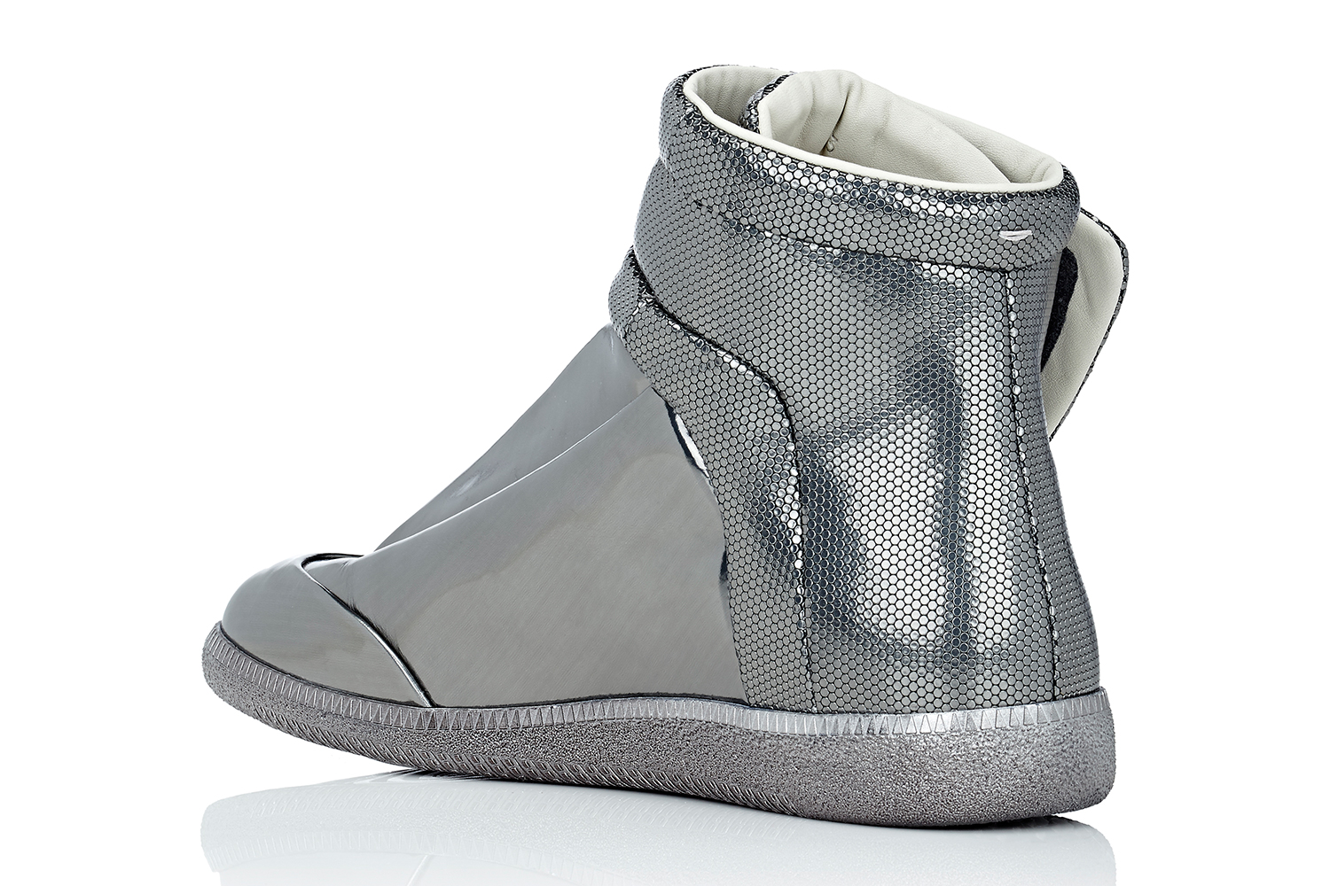 maison-margiela-barneys-metallic-future-high-top-sneakers-03