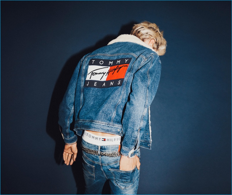 tommy-hilfiger-2016-lucky-blue-smith-tommy-jeans-fall-campaign-002