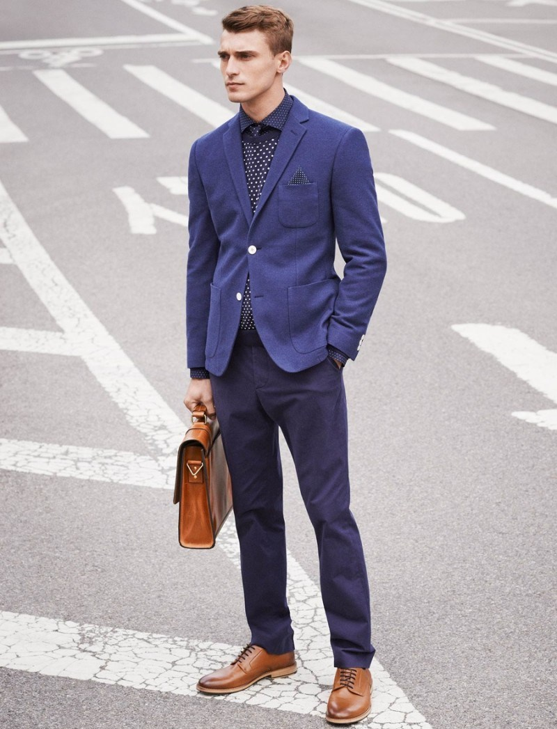 hm-occasion-dressing-mens-style-guide-007-hm-style-clement-chabernaud-creative-meeting-800x1093-1