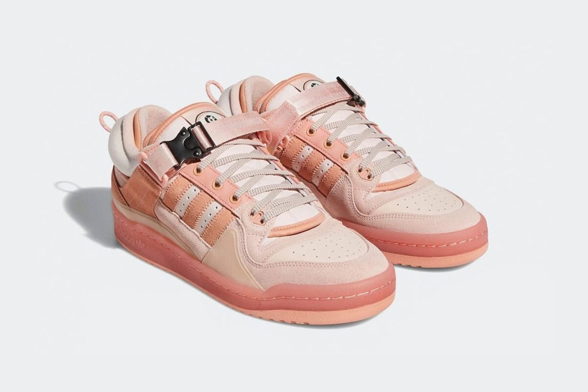 "Bad Bunny traz novos Adidas Forum Buckle Low ""Pink"""